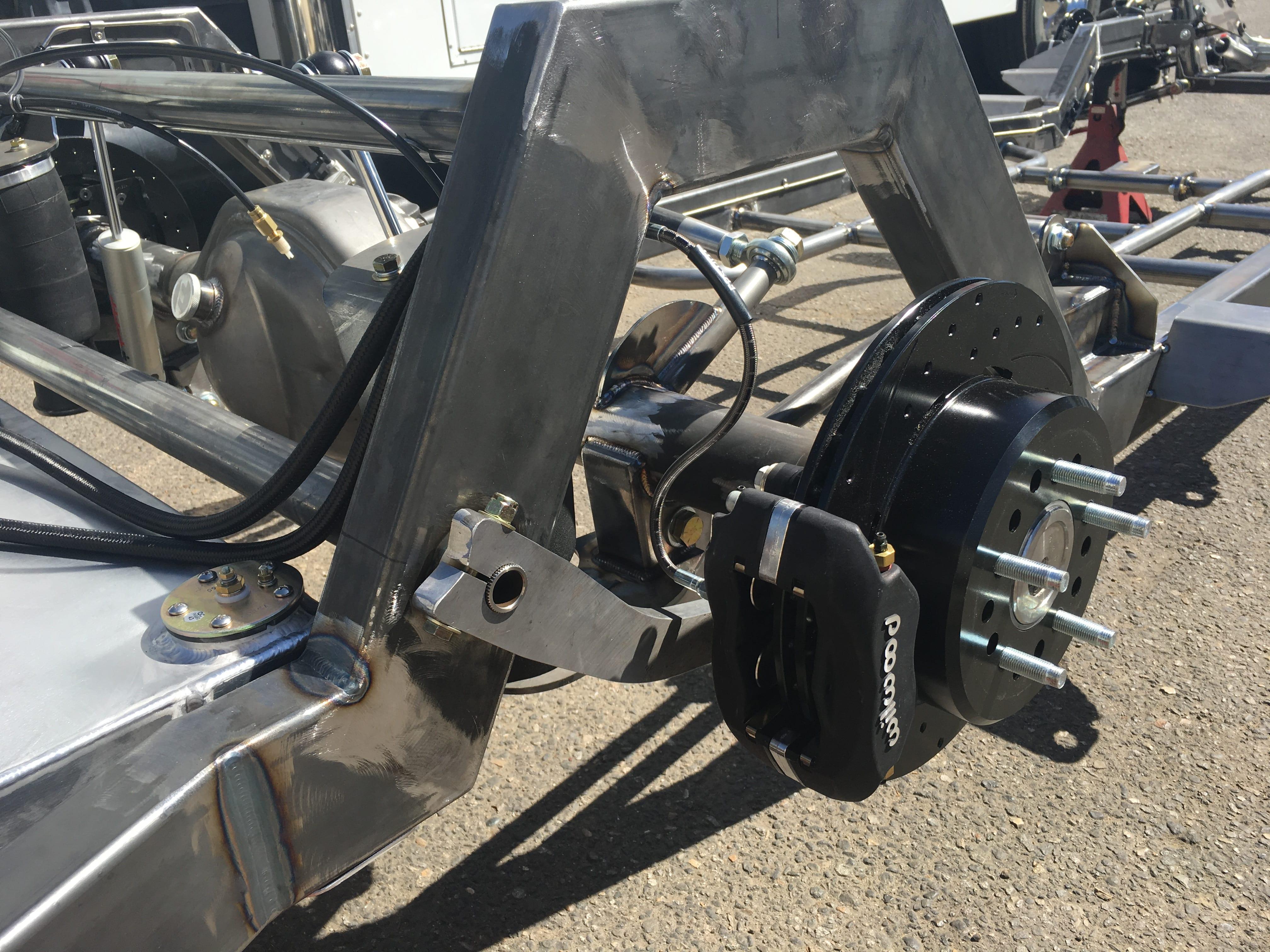Scotts-1949-1951-Mercury-Chassis-rear-brakes