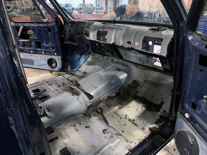 Scotts-Hotrods-82-C10-Blazer-2WD-upgrade-3-web